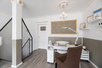 Kosmetikstudio White & Shine, Barmbek, Hamburg
