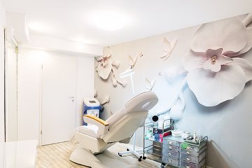 Beauty Room by Ready4Cut