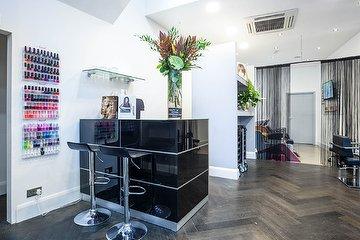 Stonehills Hairdressing