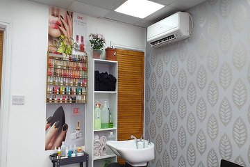 Magic Touch Hair & Beauty