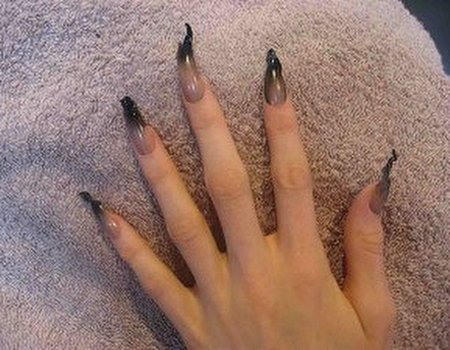 Gareth Pugh nails