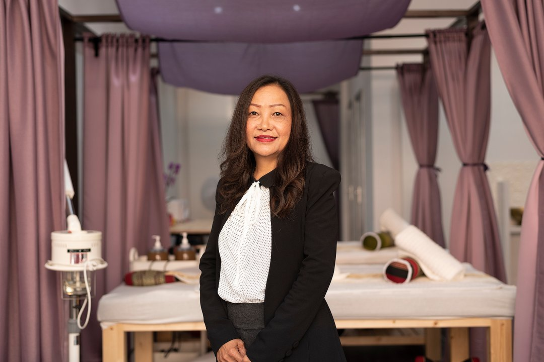 Yindee Wellness Massage   Thaise Massagesalon Amsterdam