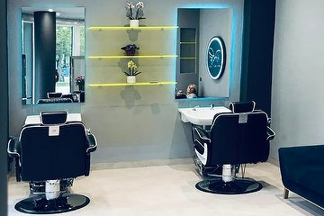 Rokas Hair & Beauty Salon