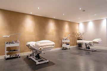 Reborn Skin Institute