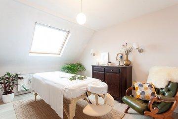 Roots Massage Antwerp, Steenplein, Antwerpen
