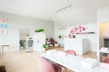 Flora Beauty Lounge