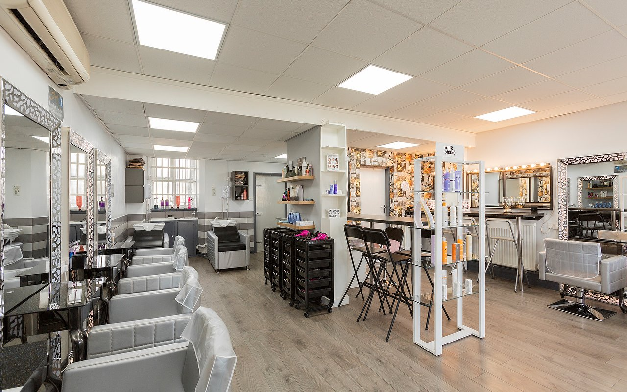 Hairdressers And Hair Salons Near Moreton Wirral Treatwell