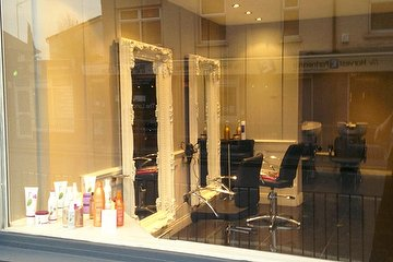 Salon 26 - Bromley