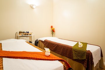 Therapeutic Massage Spa Upminster London