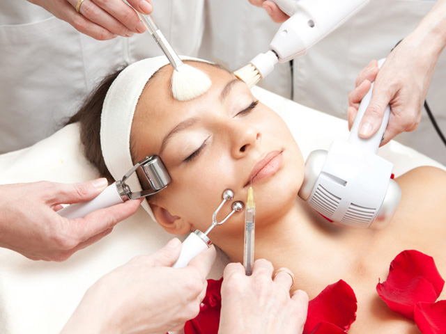 Non-Sugical Face-Lift: CST- Collagen Stimulation Therapy