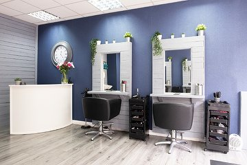 Revive Hair & Beauty - Glasgow