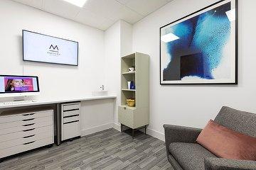 Clinic M - Dr Michael Daroglou