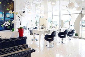 Yury salon