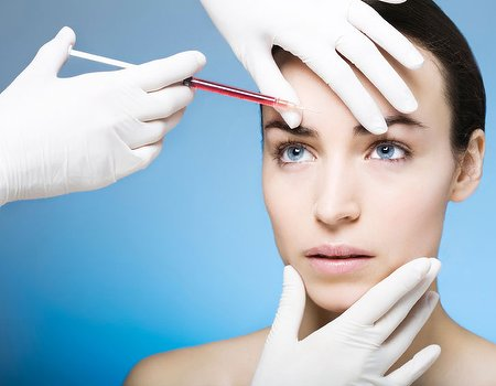 Forget roses: poll reveals women want cosmetic treatments for Valentine's