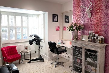 Studio8 Hair Salon