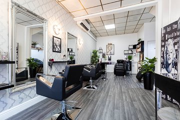 Fabyana Hair & Beauty Unisex Salon