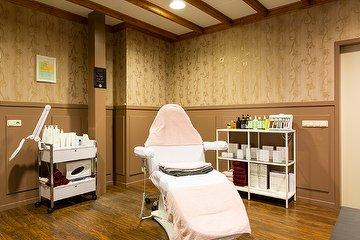 Yara's Salon