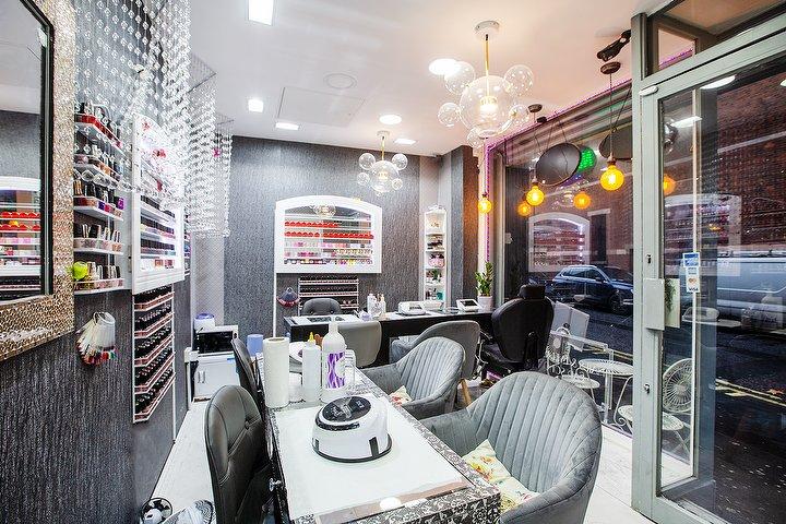Nail & Eyelash Bar Soho   Nail Salon in Soho, London ...
