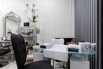 Hair One Cristal Spa -