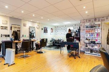 Shnix Unisex Hairsalon