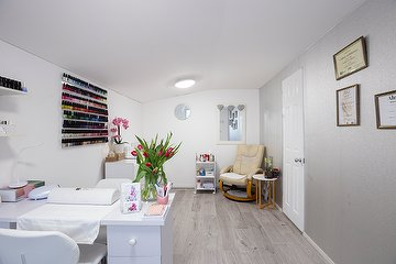 Orchid Beauty Room