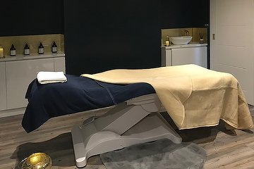 Melissa Coupe Luxury Wellbeing Clinic