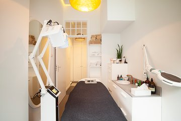 LED light therapy Amsterdam