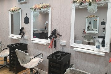 Emma Mackenzie Hairdressing