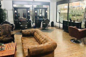 Louni's Barber