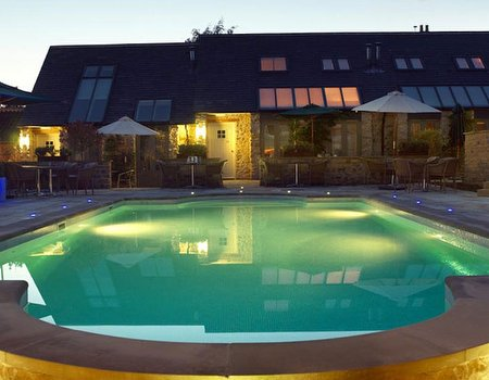 Treatwell guide: spas with outdoor pools