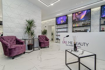 Like Me Beauty Nail Studio