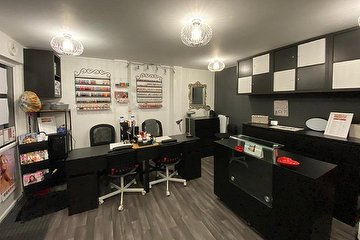Janu's Beauty Clinic