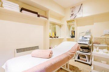 Amela Beauty Salon