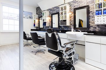 Euston Barber Cutting Bar