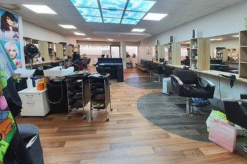 Zeal Beauty Salon