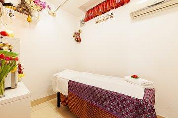 Thai Massage by Jenny