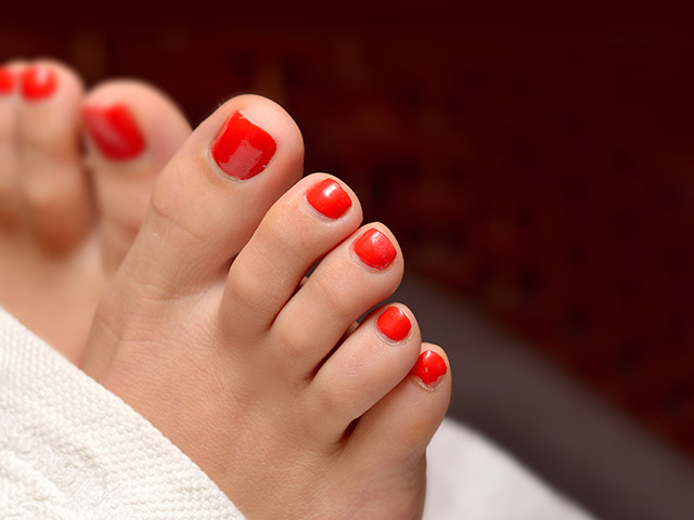 The Best Deal Guide - Gelish Or shellac Pedicure