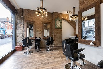 Cutting Guru Highbury Branch  (296 St. Paul's Road)
