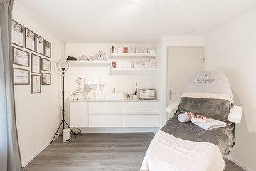 Skin Essentials, Hulst, Zeeland
