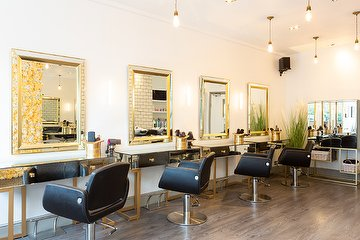 Neighbourhood Salon