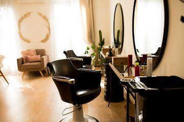 Hair Spa Beautiful by Pons