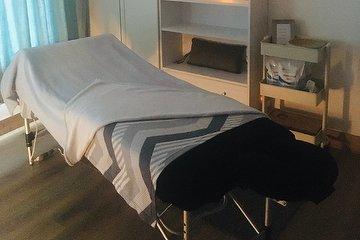 BE Holistic Massage & Reiki
