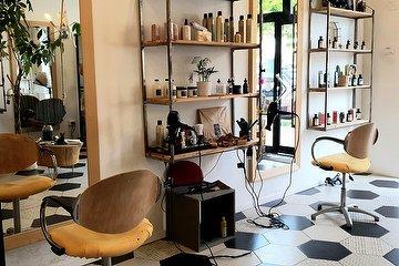 ES Hairdresser - Re di Roma