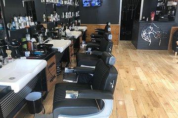 V.I.P. Cuts Barbershop, Enfield Highway, London