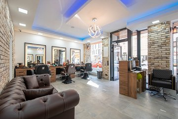 King & Queen Hairroom