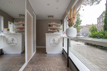 Beauty Lounge Amsterdam - Voormalig Radiant Life Care
