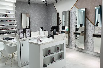 Beauty Lounge Calcot