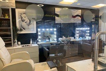 Cover Beauty Salon - Washington