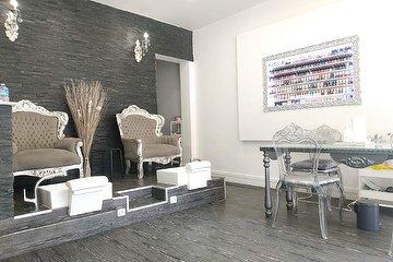 Salon Nely's