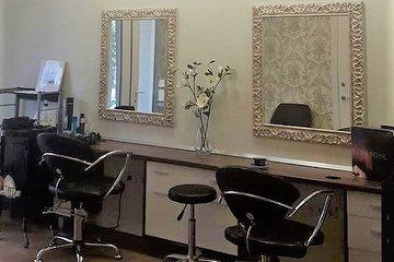 M&S grožio salonas